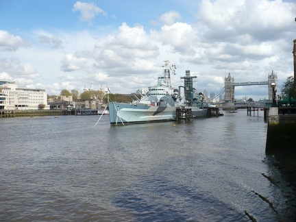 HMS Belfast i Tower Bridge